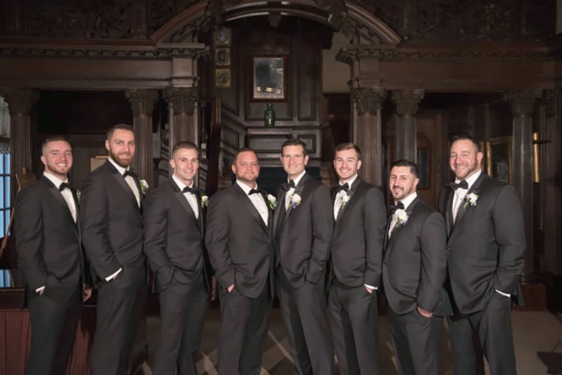 Grooms-group